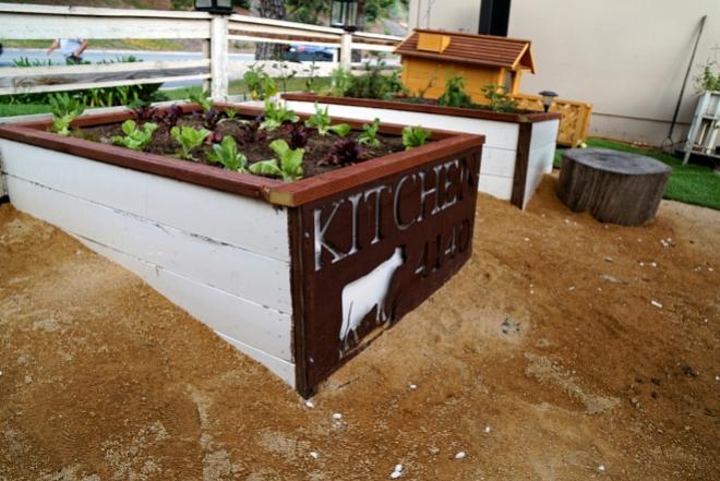 4140 Planter Box