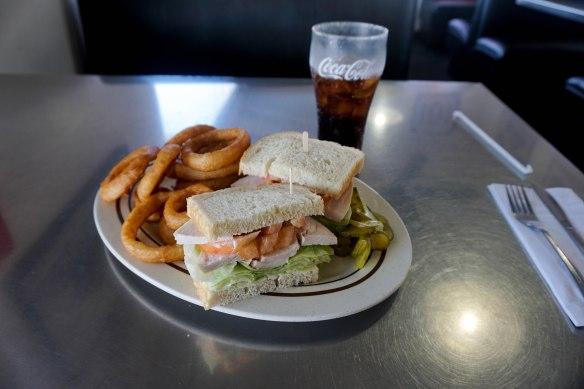101 turkey sandwich