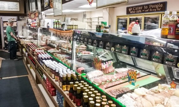 tip-top-meats-meat-counter-1-of-1